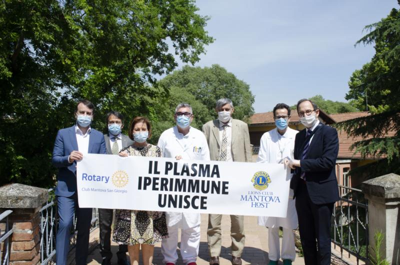 ROTARY E LIONS SOSTENGONO ASST MANTOVA E LA RICERCA SUL PLASMA IPERIMMUNE