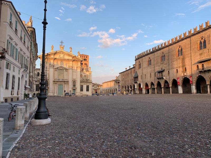 Nel fine settimana tre sere di musica in Piazza Sordello e in centro  storico | RADIO MANTOVA